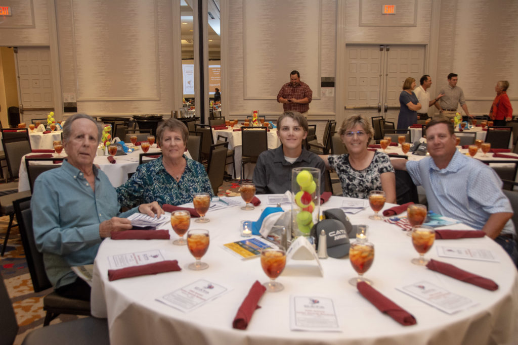Junior Banquet 2019: Image #10
